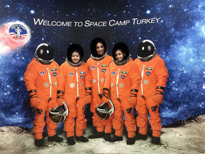 İzmir Uzay Kampı Nedir